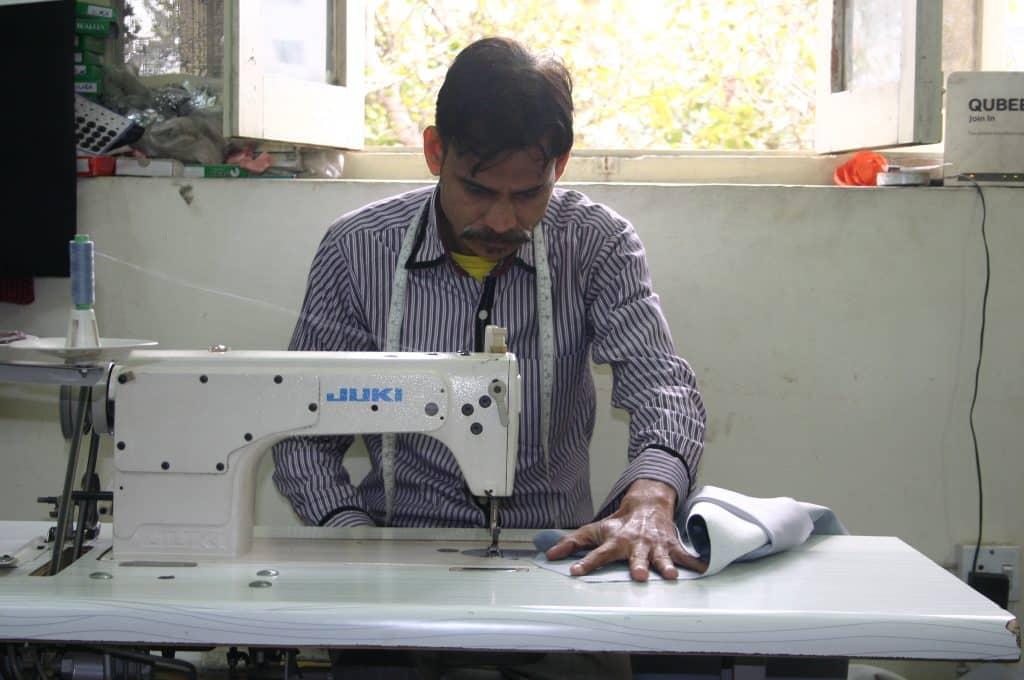 Babar Mahsi, Tailor for Glass Clothing
